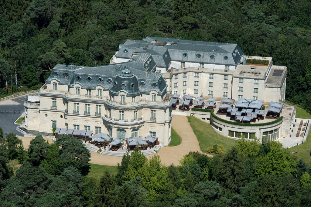 Tiara Château Hôtel Mont Royal Chantilly vu du ciel
