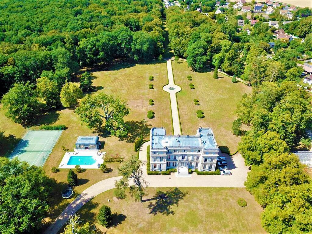Photo aérienne du château du Boulay Morin
