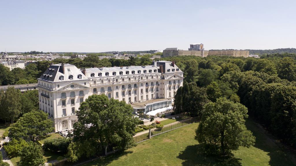 Vue aérienne du Trianon Palace Versailles