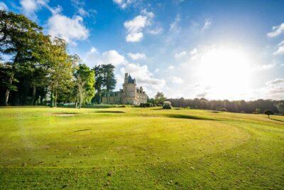 Le Château de Boisgelin vu de son parc