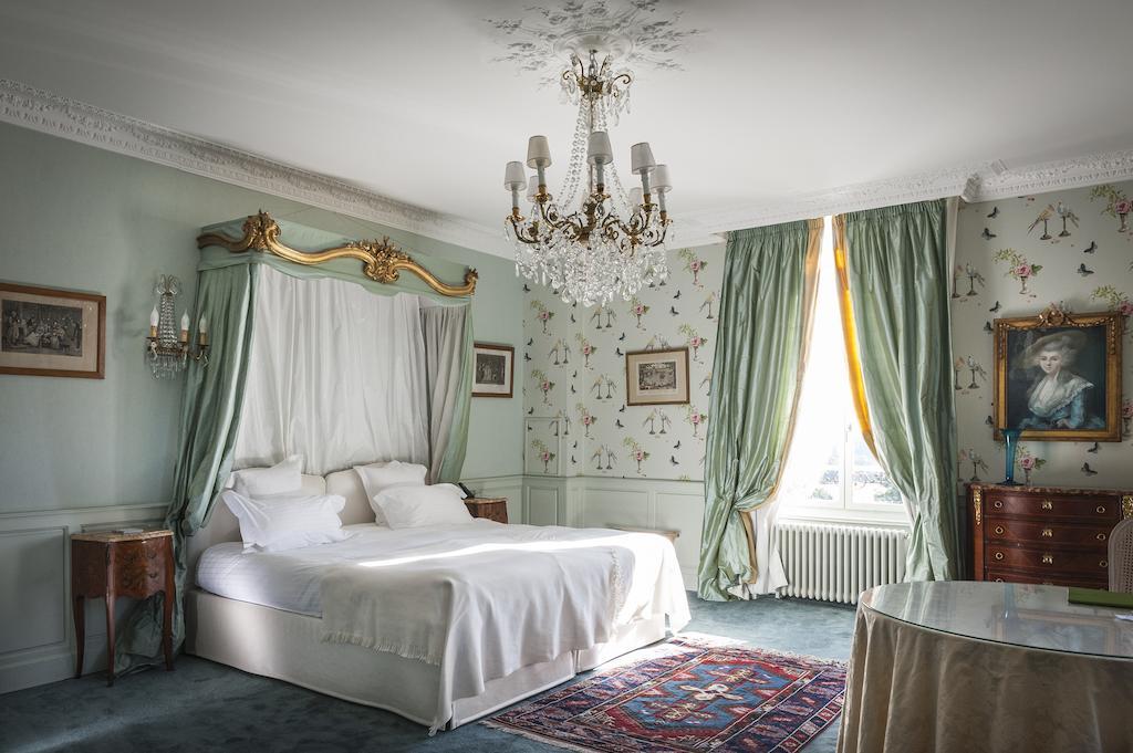 Une chambre double romantique du Château d'Apigné - Le Rheu en Ille-et-Vilaine