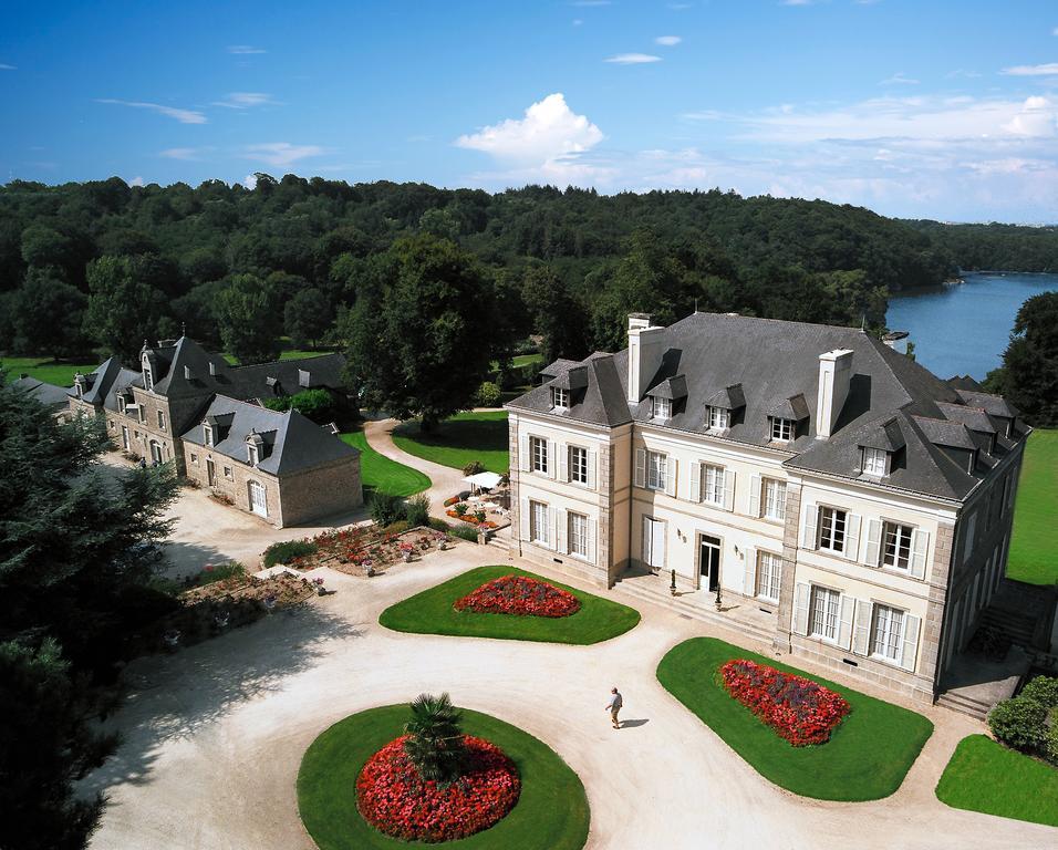 Le Château de Locguénolé - Kervignac (Morbihan - 56) vu du ciel